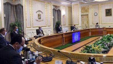 صورة رئيس الوزراء يترأس اجتماع اللجنة الرئيسية لتقنين أوضاع الكنائس ليصل العدد  إلى 1738كنيسة ومبنى تابعاً
