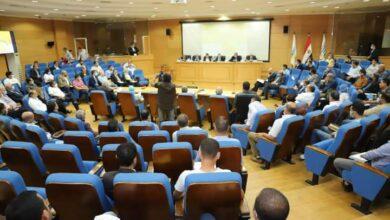 صورة وزير الزراعة يشارك في اجتماع لجنة الموالح بالمجلس التصديرى