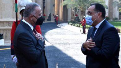 صورة استقبال رسمى لرئيس الوزراء بمقر مجلس الوزراء العراقى تمهيدا لبدء أعمال اللجنة العليا المشتركة