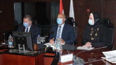 صورة وزراء قطاع الأعمال والنقل والتجارة والصناعة يبحثون تنفيذ تطوير الاسطول التجاري المصري