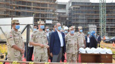 صورة وزير الإتصالات يتفقد مدينة المعرفة بالعاصمة الإدارية الجديدة