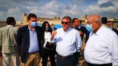 صورة وزير قطاع الأعمال العام يتفقد أعمال إنشاء أكبر مصنع غزل في العالم.. وتطوير مركز تدريب العاملين