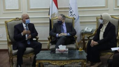صورة وزيرا النقل والصحة يبحثان مع مبعوث السكرتير العام للامم المتحدة جهود الدولة المصرية للحد من حوادث الطرق
