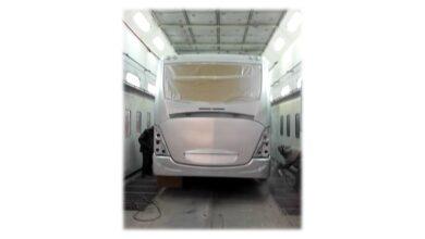 صورة وزير قطاع الأعمال العام يستعرض خطة تطوير الشركة الهندسية للسيارات