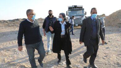 صورة وزيرة البيئة فى جولة تفقدية لعدد من مواقع التخلص الآمن من المخلفات بالقاهرة