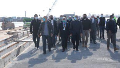 صورة وزير النقل يتابع معدلات تنفيذ عدد من المشروعات الخدمية بميناء الإسكندرية