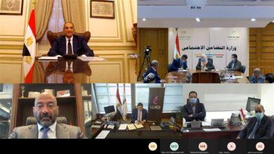 صورة خلال لقاء وزيرا الاتصالات والتضامن 3.5 مليون شريحة محمول لمستفيدي تكافل وكرامة