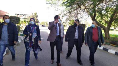 صورة مسئولو وزارة الإسكان يتفقدون محطة تنقية مياه الشرب بمنطقة الأميرية