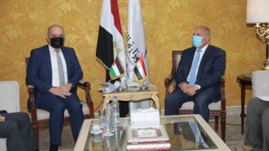 صورة وزير النقل يلتقي السفير الاردني بالقاهرة لبحث تدعيم التعاون المشترك