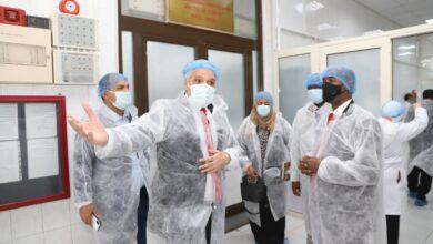 صورة وزير الثروة الحيوانية السوداني يتفقد معهدي الصحة الحيوانية والأمصال واللقاحات البيطرية