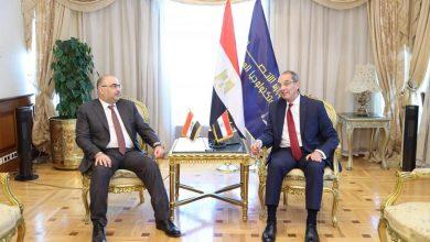 صورة وزير الاتصالات  يلتقي نظيره العراقى لتعزيز التعاون المشترك وإنشاء شركة مصرية عراقية لتنفيذ مشروعات التحول الرقمى بالعراق