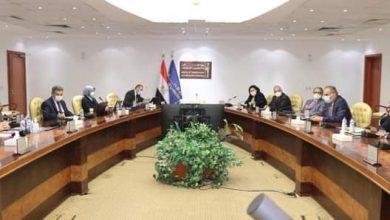صورة وزيرا الاتصالات  والزراعة يتابعان مشروعات التحول الرقمى فى قطاع الزراعة