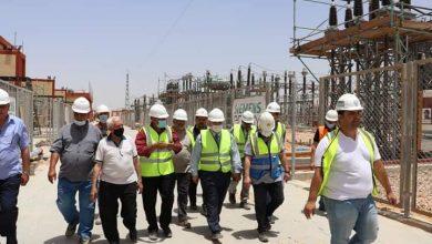 """صورة مسئولو جهاز """" السادات"""" يتفقدون محطة محولات كهرباء بقدرة 525 ميجا فولت لتغذية المنطقة الصناعية الثامنة"""