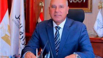 صورة وزير النقل يتابع  مع رؤساء الهيئات إنتظام العمل في مرافق النقل والمواصلات