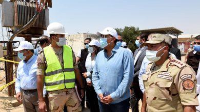 """صورة رئيس الوزراء يواصل من قرية التقدم بالقنطرة شرق متابعة مشروعات """"حياة كريمة"""""""