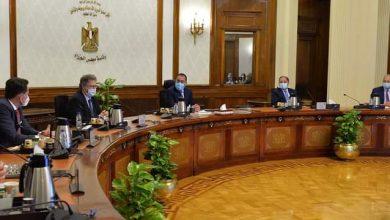 صورة رئيس الوزراء يلتقي وفدا من كبار أعضاء الرابطة الأفريقية لمصنعي السيارات