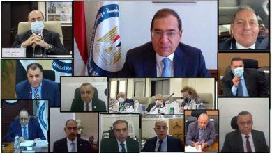 صورة وزير البترول  :  تطوير منظومة صناعة البتروكيماويات المصرية انعكس على نتائجها
