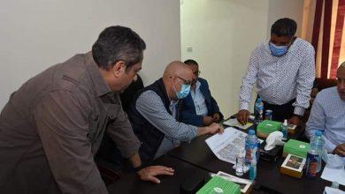 صورة وزير الإسكان يعقد اجتماعا بمقر جهاز مدينة المنصورة الجديدة لمتابعة الموقف التنفيذى للمشروعات المختلفة