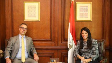 صورة المشاط  توجه الشكر  للسفير السويسري بمناسبة انتهاء فترة عمله بمصر