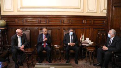 صورة وزير الزراعة يبحث مع أمين عام وزارة الزراعة الأردني أفاق التعاون بين البلدين